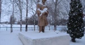 Памятник павшим в годы Великой Отечественной войны односельчанам в с. Мазейка