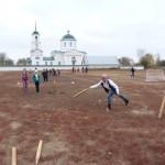 Учителя и учащиеся Трубетчинской школы первыми в России сдали норматив ГТО по русским городкам
