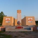 Памятник павшим в Великой Отечественной войне односельчанам в с. Морево Краснинского района