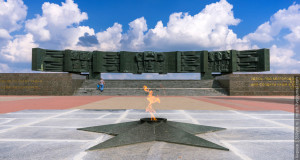 Мемориальный комплекс «В честь героев Курской битвы» на 624 км трассы М2