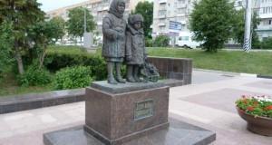 Памятник детям войны в Ульяновске: образец того, как надо трогательно сохранять коллективную память