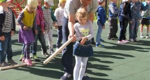 Городошники Калининграда проводят Летние детские Городошные Игры