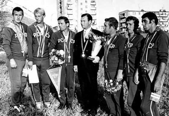 Городошная аллюзия 1975 года: о зимнем и летнем чемпионате России по городкам