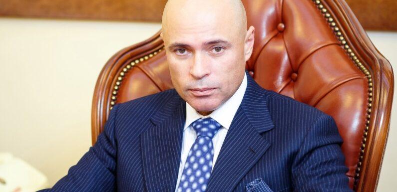 Почему я не буду голосовать за Игоря Артамонова